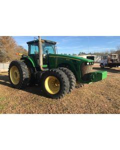 Трактор John Deere 8330